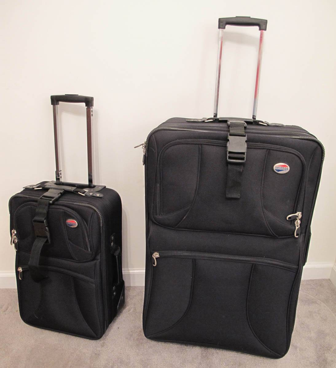 American Tourister 2-Piece Luggage